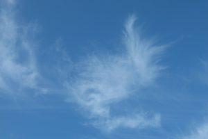 Durchsichtige Wolke