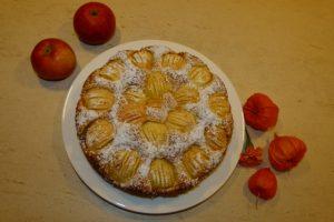 Einfacher, leckerer Apfelkuchen