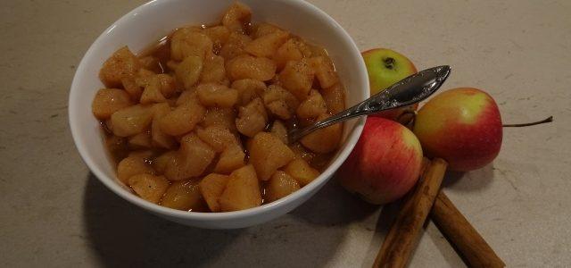 Apfelkompott mit Zimt und Vanille