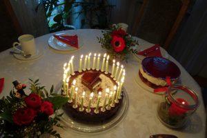 Geburtstagskuchen für Klavierspieler