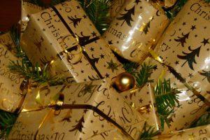 An Weihnachten freut sich jeder über eine liebe Karte